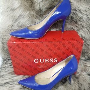 Guess Size 7.5  Blue Patented Pumps